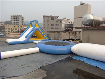 inflatable water parks 1